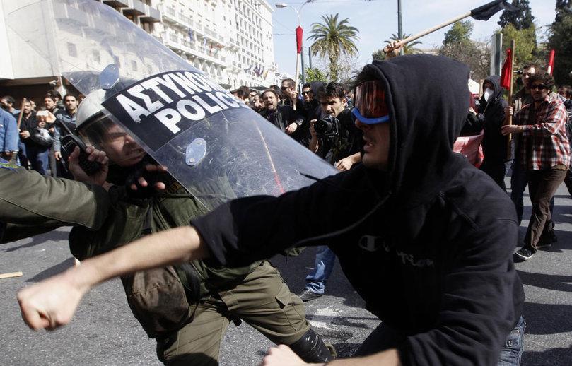 manifestation-grece-athenes-plan-d-austerite-UE_pics_809.jpg