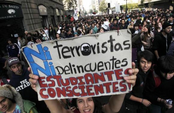 manifestaciones-en-chile-ac-580x377_1_-ae97f.jpg