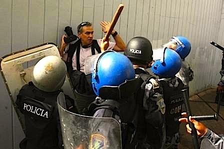 represion-a-la-prensa-golpe-estado-honduras.jpg