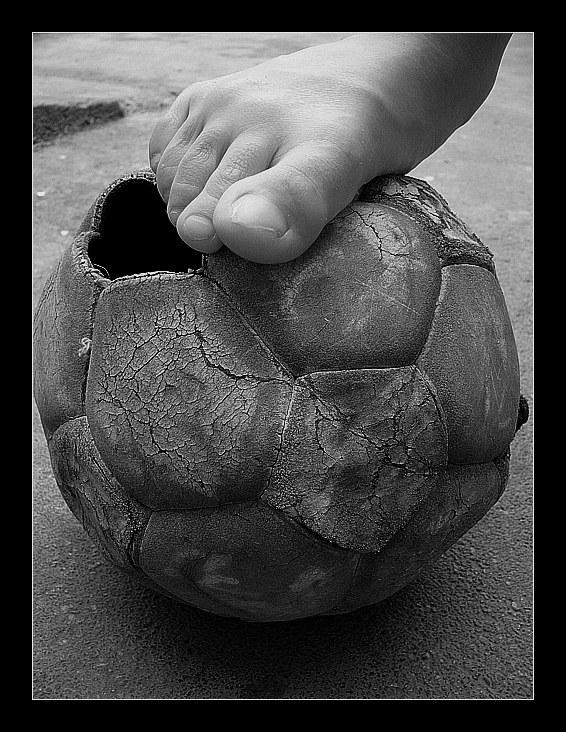 futbol-pobreza.jpg
