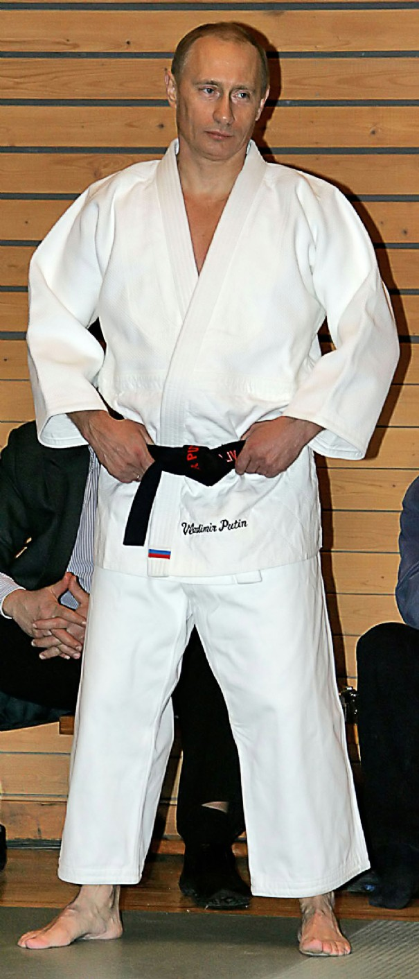 poutine-3-russian-president-vladimir-putin-attends-the-comprehensive-school-of-sports-mastership-conducted-by_127.jpg