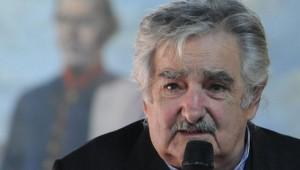 639x360_1357657410_jose-mujica-300x170.jpg