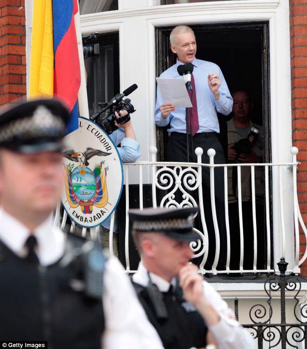 siege-assange-2.jpg