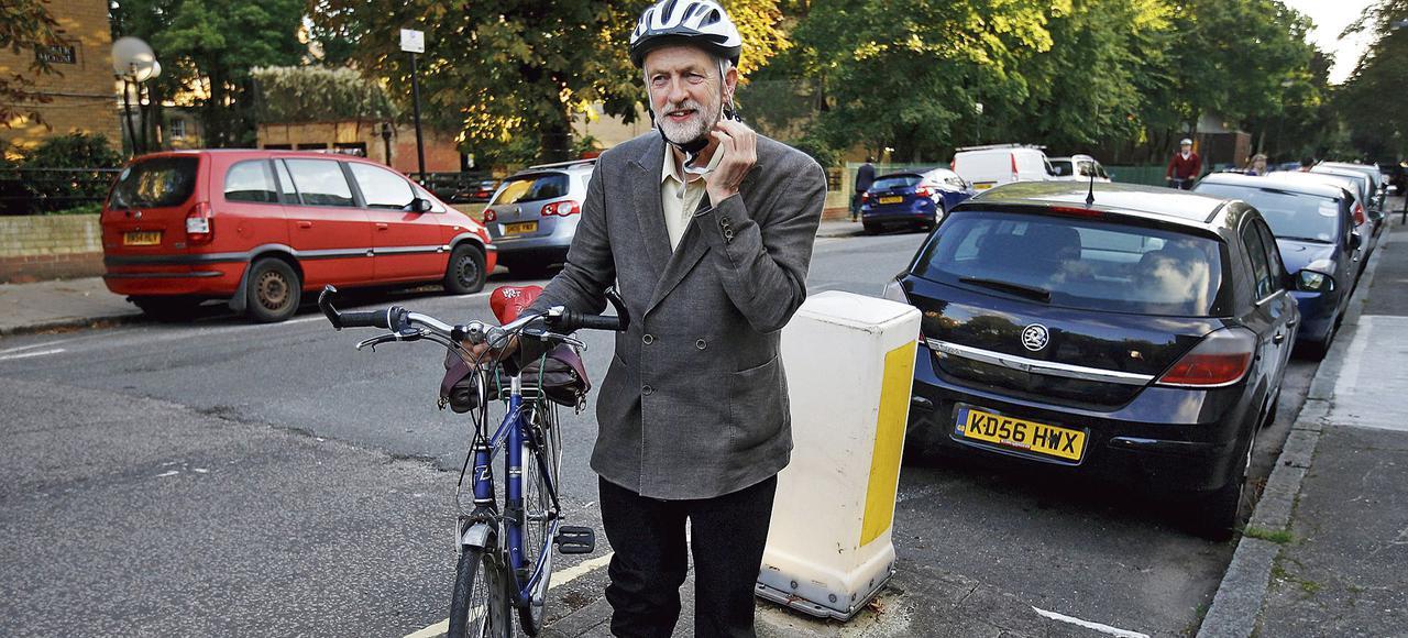 Jeremy_Corbyn_ve_lo.jpg