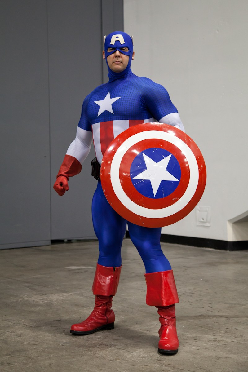 captain_america_cosplay_o.jpg
